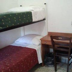 Hostel Prima Base Кровать в общем номере с двухъярусной кроватью фото 7