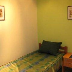 Hostel Oasis Стандартный номер с 2 отдельными кроватями (общая ванная комната) фото 4