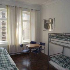 B&B Hostel Elisa Кровать в общем номере с двухъярусной кроватью фото 3