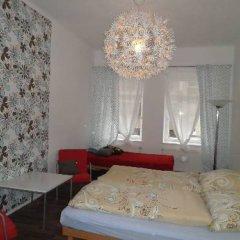 B&B Hostel Elisa Стандартный номер с двуспальной кроватью