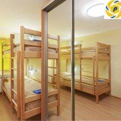 Petrani Хостел Кровать в общем номере с двухъярусной кроватью