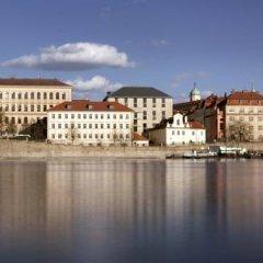 Four Seasons Hotel Prague 5* Люкс с различными типами кроватей фото 22