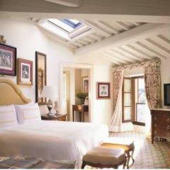 Four Seasons Hotel Firenze 5* Полулюкс с двуспальной кроватью