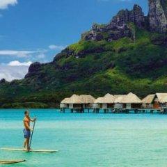 Отель Four Seasons Resort Bora Bora 5* Бунгало с различными типами кроватей фото 26