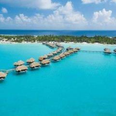 Отель Four Seasons Resort Bora Bora 5* Бунгало с различными типами кроватей фото 21