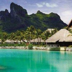 Отель Four Seasons Resort Bora Bora 5* Бунгало с различными типами кроватей фото 6