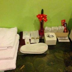 Отель Penang Palace 2* Улучшенный номер с различными типами кроватей фото 3