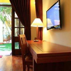 Отель The Earth Villa 3* Улучшенный номер с различными типами кроватей фото 2