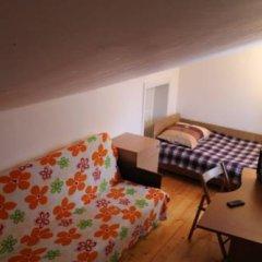 Гостиница Малая Прага 3* Номер с общей ванной комнатой с различными типами кроватей (общая ванная комната)