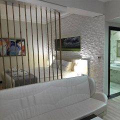 Real House Boutique Hotel Люкс с различными типами кроватей фото 15