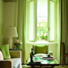 Four Seasons Hotel Milano 5* Представительский люкс с различными типами кроватей фото 5
