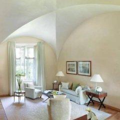 Four Seasons Hotel Milano 5* Люкс с двуспальной кроватью фото 31