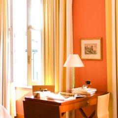 Four Seasons Hotel Milano 5* Номер категории Премиум с различными типами кроватей фото 12