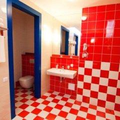 Гостиница Road Star Улучшенный номер разные типы кроватей фото 8