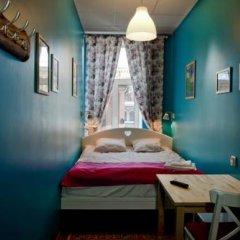 Хостел Друзья на Восстания Кровать в женском общем номере фото 25