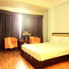 M&M Hotel 2* Улучшенный номер с двуспальной кроватью фото 4