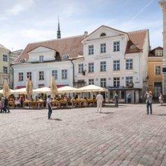 Апартаменты Town Hall Square Apartments - Voorimehe Апартаменты с разными типами кроватей фото 15