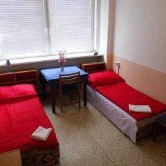 Hostel Modra Стандартный номер с 2 отдельными кроватями (общая ванная комната) фото 5