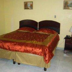 Отель Tropical Court Resort Near Montego Bay Airport 3* Стандартный номер с 2 отдельными кроватями фото 4