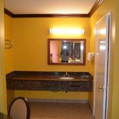 Отель Cloud 9 Inn Lax 2* Номер Делюкс фото 12
