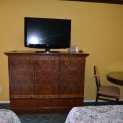Отель Cloud 9 Inn Lax 2* Номер Делюкс фото 15