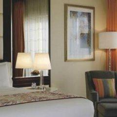Отель The Ritz-Carlton Abu Dhabi, Grand Canal 5* Номер Делюкс с различными типами кроватей фото 8