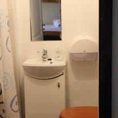 Отель Tabinoya - Tallinn's Travellers House Кровать в женском общем номере с двухъярусной кроватью фото 6