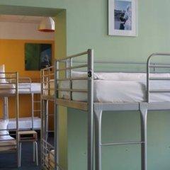 Отель St Christophers Inn Berlin Кровать в общем номере с двухъярусной кроватью