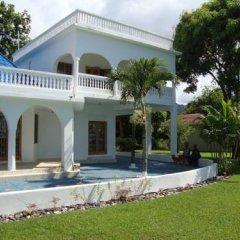 Отель By The Sea Vacation Home And Villa 3* Люкс с различными типами кроватей фото 41
