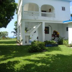 Отель By The Sea Vacation Home And Villa 3* Люкс с различными типами кроватей фото 43