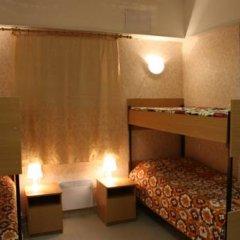 Мини Отель Вояж Кровать в общем номере с двухъярусной кроватью