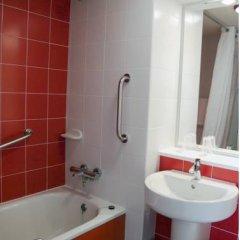 Отель Travelodge Madrid Alcalá Стандартный номер с двуспальной кроватью фото 10