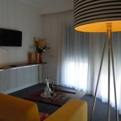 Отель Olissippo Saldanha 4* Улучшенный номер с различными типами кроватей фото 4