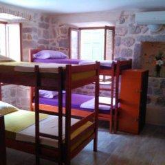 Montenegro Hostel B&B Kotor Кровать в общем номере с двухъярусной кроватью
