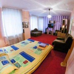 Гостиница Kinghouse Семейный номер категории Эконом с двуспальной кроватью фото 6