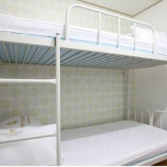 Отель K-POP GUESTHOUSE Seoul Station 2* Стандартный номер с 2 отдельными кроватями фото 7