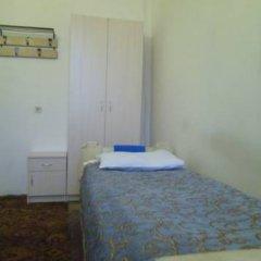 Hostel Capital Кровать в общем номере