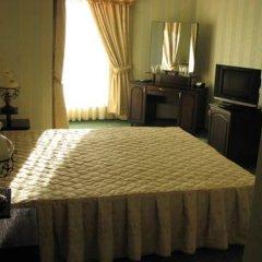 Family Hotel Imperial 2* Стандартный номер с двуспальной кроватью фото 2