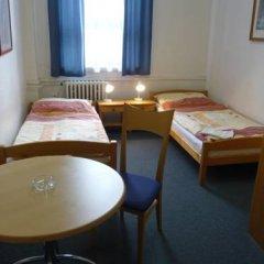 Hotel Hasa 2* Стандартный номер с двуспальной кроватью