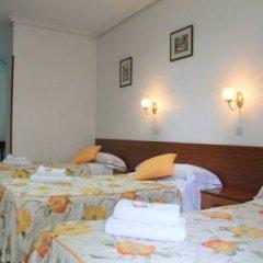 Отель Hostal Faustino Стандартный номер с различными типами кроватей