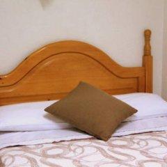 Отель Hostal Faustino Стандартный номер с двуспальной кроватью фото 8