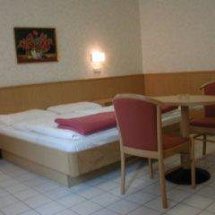 Отель Pension Fünfhaus 2* Стандартный номер с двуспальной кроватью фото 5