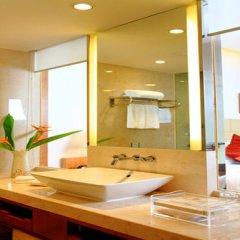 Отель Mingshen Golf & Bay Resort Sanya 4* Улучшенный номер с различными типами кроватей фото 4