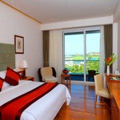 Отель Mingshen Golf & Bay Resort Sanya 4* Улучшенный номер с различными типами кроватей фото 5