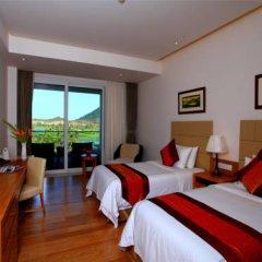 Отель Mingshen Golf & Bay Resort Sanya 4* Улучшенный номер с различными типами кроватей