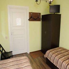 Гостевой Дом Райский Уголок Номер категории Эконом с 2 отдельными кроватями фото 2