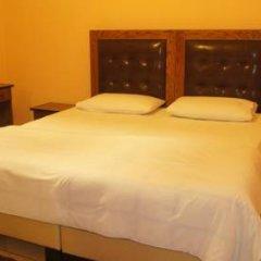 Bristol Hotel 3* Стандартный номер с двуспальной кроватью