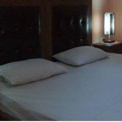 Bristol Hotel 3* Стандартный номер с двуспальной кроватью фото 4