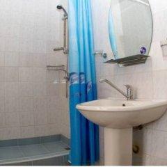 Гостиница Континент 2* Номер Комфорт с двуспальной кроватью фото 12