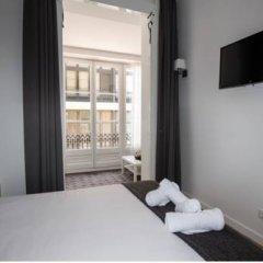 Отель Hostalin Barcelona Gran Via 3* Улучшенный номер с различными типами кроватей